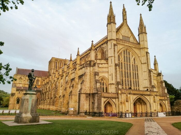 winchester cathedral diagonal view