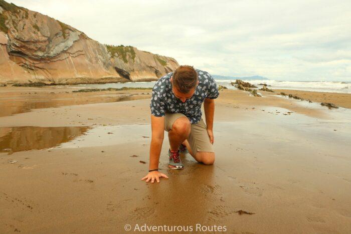 reinacting daenerys targaryen's landing zumaia beach
